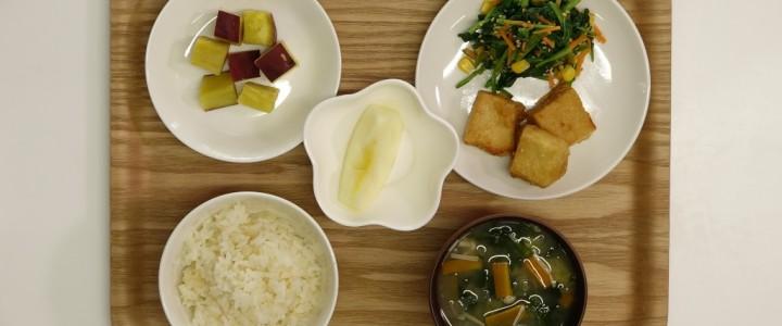 [凍り豆腐のから揚げ]が主菜の献立